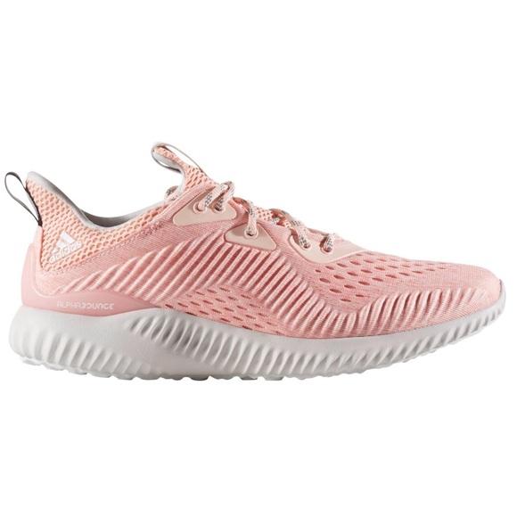 Como zapatos nueva Adidas AlphaBounce corriendo zapatos Como 75m poshmark 2258c2